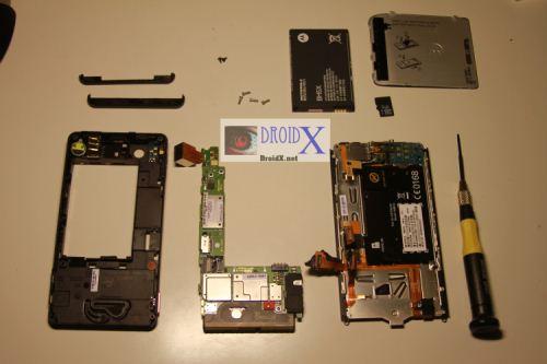Разбираем Motorola DROID X